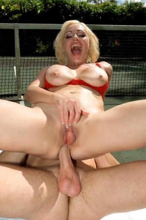 MILF Sport Porn