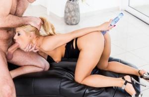Deepthroat MILF Porn